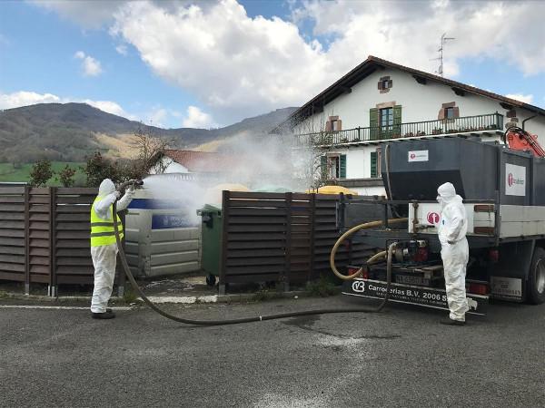 Desinfección de los puntos de recogida de residuos