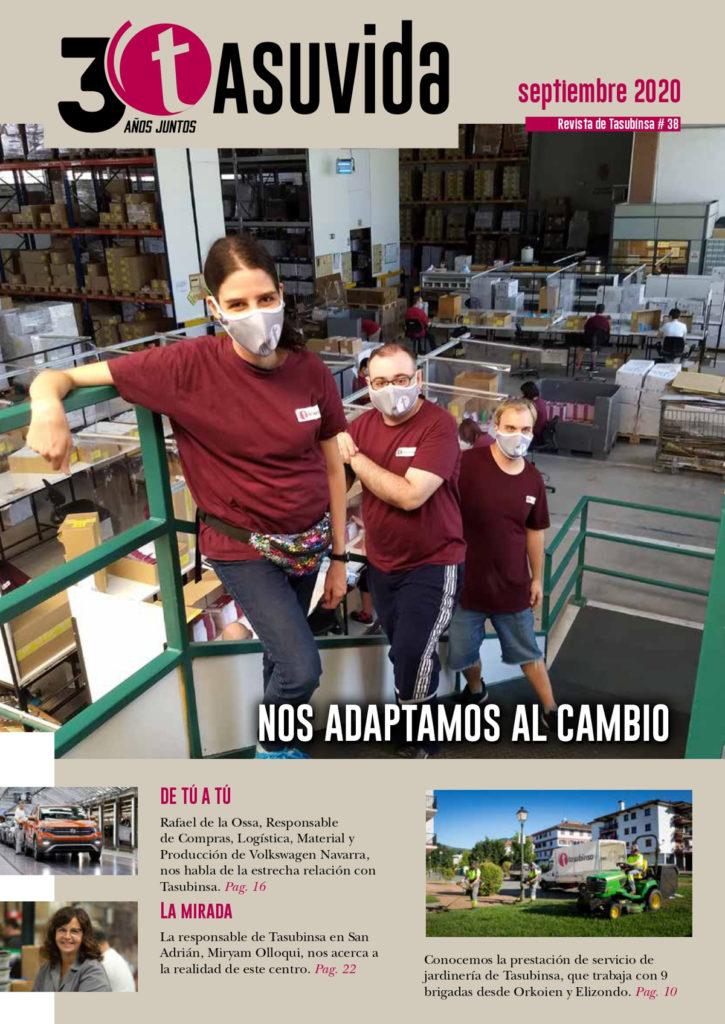 Imagen de portada, con una foto de tres personas y el titular 'Nos adaptamos al cambio'